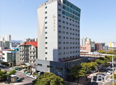 엠버 센트럴호텔